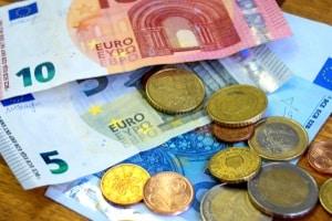 In erster Linie dient ein Bußgeldrechner dazu, sich Geldbußen für Ordnungswidrigkeiten  anzeigen zu lassen.