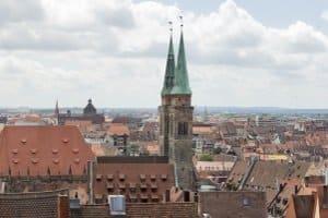 Die Bußgeldstelle Nürnberg ahndet Ordnungswidrigkeiten durch Bußgeldbescheide.
