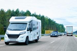Ob PKW- oder Busunfall, in Polen ist bei Personenschäden immer die Polizei zu rufen.