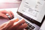 Auto online kaufen: Gebraucht- und Neuwagen suchen über das Internet nach neuen Besitzern.