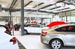 Eine BMW-Versicherung ist für den Besitzer sehr vorteilhaft.