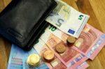 Ein Bussgeld aus der Schweiz nicht zu bezahlen kann Probleme bei der Wiedereinreise verursachen.