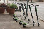 E-Scooter-Fahrverbot auf Gehwegen: Die Roller werden nun doch von den Bürgersteigen verbannt.
