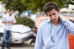 Wann führt eine HWS-Zerrung zu Schmerzensgeld?