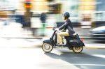 Welchen Anforderungen muss das Kennzeichen von einem Leichtkraftrad entsprechen?