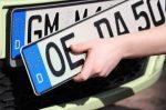 Ist es in Deutschland zulässig, ein Kennzeichen per Magnet zu montieren?