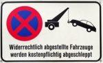 Unter Umständen kann ein mobiles Parkverbot teuer werden., denn die Abschleppkosten trägt der Verkehrssünder.