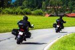 Mit dem eigenen Motorrad kann ein Fahrsicherheitstraining absolviert werden.