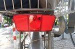 Ein Reflektor muss sowohl hinten als auch vorn vorhanden sein.