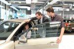 Die Umstiegsprämie soll Diesel-Fahrer zum Kauf eines saubereren Autos bewegen.