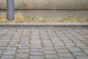 Darf man mit einem Hoverboard auf der Straße/dem Bürgersteig fahren?
