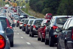 Dashcams gegen Rettungsgassen-Verweigerer: In NRW werden die Polizeifahrzeuge mit Kameras ausgestattet.