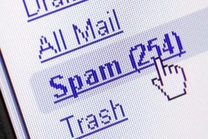 """Der Datenschutz bestimmt für E-Mail-Adressen nicht nur Weitergabeverbot - auch """"Kaltakquise"""" ist nicht erlaubt"""