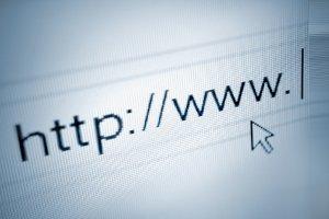 Hinweise zum Datenschutz und Impressum sollten getrennt aufgeführt werden