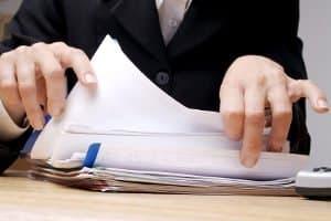 Zur Gewährleistung vom Datenschutz im Jobcenter können Betroffene Akteneinsicht beantragen.