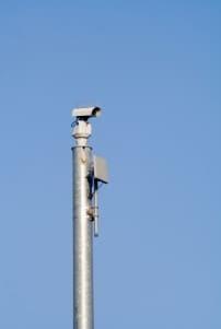 Ist es mit dem Datenschutz vereinbar, wenn öffentliche Plätze gefilmt werden?