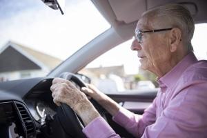 Schließen sich Demenz und Autofahren automatisch aus?