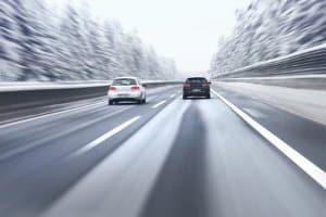 In Deutschland muss die Höchstgeschwindigkeit an die Witterungsbedingungen angepasst werden.