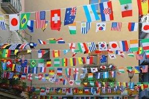 Von Deutschland mit dem Mietwagen nach Spanien? Auch länderübergreifende Touren sind u.U. möglich.