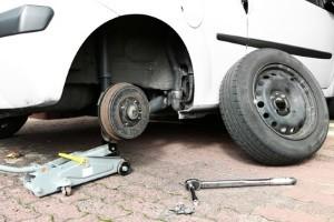Felgenschlösser helfen bei der Diebstahlsicherung von Reifen.