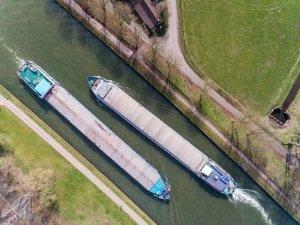 Verschärfte Grenzwerte könnten zukünftig ein Diesel-Fahrverbot für Schiffe für Binnengewässer bedeuten.