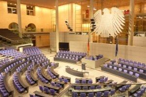 Was bedeuten die Zahlen auf Diplomatenkennzeichen in Deutschland?