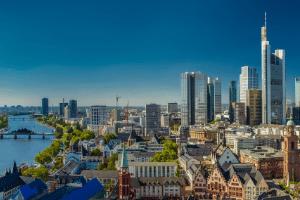 Der E-Highway zwischen Frankfurt am Main und Darmstadt wird bis 2022 getestet.