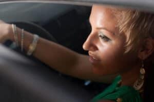 Beim Einparken einen Unfall verursacht? Begehen Sie keine Fahrerflucht!