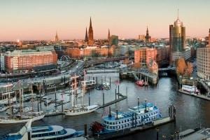 ELWIS ist der elektronische Informationsservice für die Schifffahrt in Deutschland.