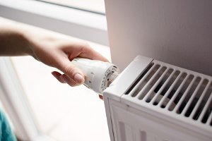 Welcher Energieausweistyp liegt für das Haus vor? Es gibt den Bedarfsausweis und den Verbrauchsausweis.