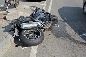 Nach einem Motorradunfall ist ein Fachanwalt für Verkehrsrecht in Weißenburg der richtige Ansprechpartner.