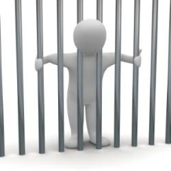 Wurde eine Fahrerflucht begangen, droht unter Umständen eine Freiheitsstrafe bis zu drei Jahren.