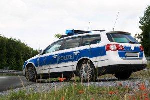 Ist bei Fahrerflucht das Kennzeichen des Täters bekannt, kann die Polizei schnelle Aufklärung leisten.