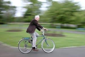Auf dem Fahrrad mit Alkohol unterwegs: Ein Fahrverbot droht.