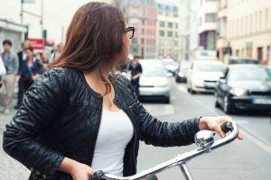 Sie wollen Ihr Fahrrad codieren lassen? Eventuell sind Kosten miteinzurechnen. Teilweise gibt es die Dienstleistung aber auch für lau.