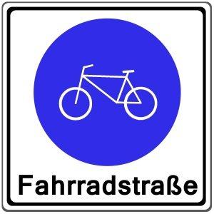 Die Fahrradstraße wird durch das Zeichen 244 ausgewiesen.