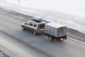Ein Fahrsicherheitstraining für Anhänger macht Sie fit für schwierige Straßenverhältnisse.