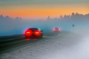 Bei einem Fahrtraining für Anfänger stehen Übungen zu bestimmten Witterungsbedingungen im Mittelpunkt.