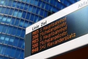 Betroffene müssen zwangsweise während dem Fahrverbot über 1 Monat je nach Berechnung bis zu 31 Tage den ÖPNV nutzen.