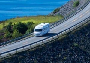 Ein Fahrverbot kann ein Wohnmobil, dass mit Diesel fährt, betreffen, wenn es die Abgasnorm nicht erfüllt.
