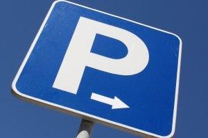 Falschparken im Ausland kann Sie teuer zu stehen kommen.