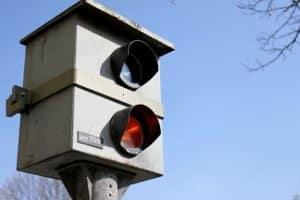 Feste Radarfallen können dauerhaft übliche Unfallschwerpunkte überwachen.