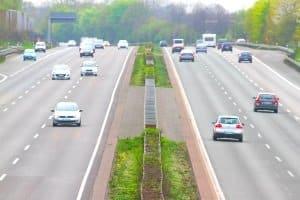 Urlauber können Finnland auch via Autobahn entdecken.
