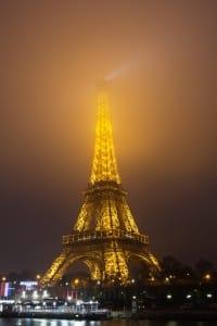 In Frankreich ist laut StVO ein Alkoholtester Pflicht, allerdings ist dies derzeit außer Kraft gesetzt.