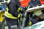 Ein Frontalzusammenstoß führt häufig zu schwer verletzten Personen.