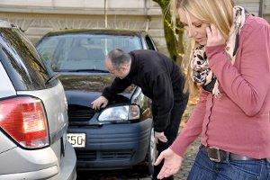 Führerschein auf Probe: Ein Unfall mit Blechschaden kann passieren.