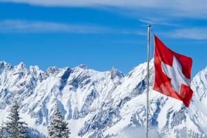 Führerschein umschreiben: Ziehen Sie aus der Schweiz nach Deutschland um, benötigen Sie für die Umschreibung folgende Dokumente.