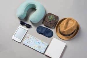 Autofahren im Ausland: Bei Reisen in manche Länder gehört die Führerscheinübersetzung ins Gepäck.