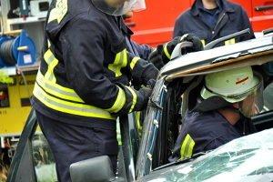 Nach einem schweren Unfall auf der A3 am 13. November wurden Gaffer von Feuerwehrleuten nass gespritzt.