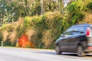 Geblitzt: Fälschlicherweise einen anderen Fahrer angeben, um das Fahrverbot abzuwenden, ist strafbar.